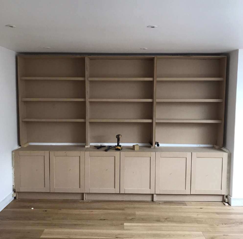 Right Renovations - bespoke shelving (before)
