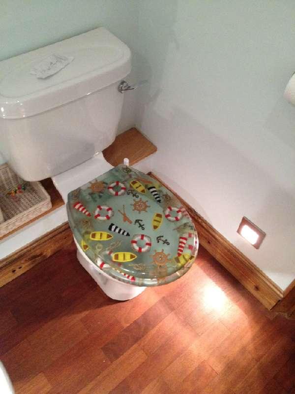 Right Renovations - bathroom floor